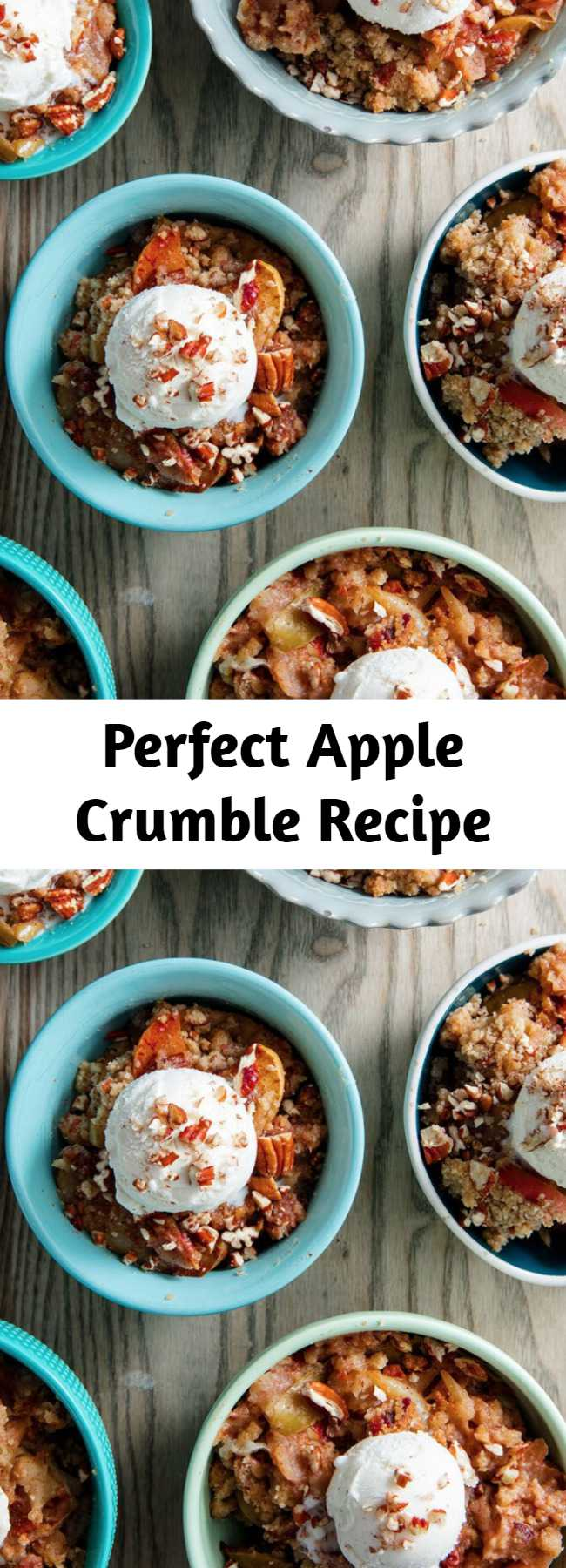 Perfect Apple Crumble Recipe - We love apple pie, but we're not so into making crust. Apple crumble is 1,000 times easier to make and, in our opinion, even better. The buttery pecan crumble is just too perfect, even without any oats. Below are our most helpful tips for making the perfect fall crumble. #easy #recipe #apple #crumble #dessert #baking #fall #brownsugar #pecans #pie #topping